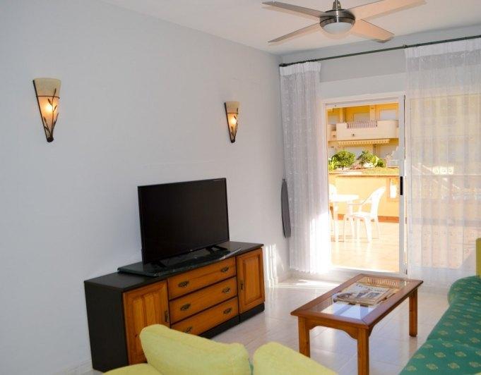 Wohnung zu verkaufen in denia strand von las marinas for Erste wohnung geschenk freund
